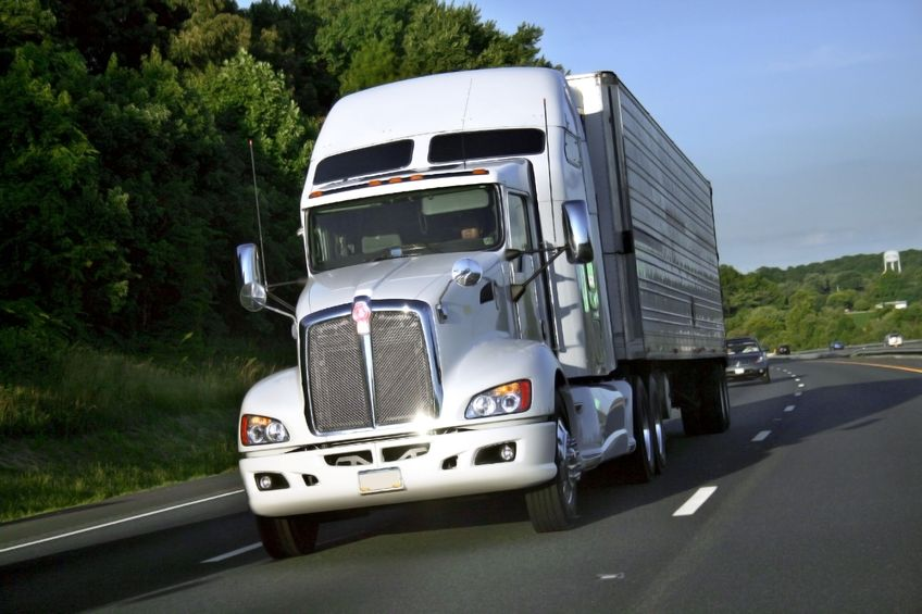 Top Truck Accident Causes: Distracted Driving & Trucker Fatigue