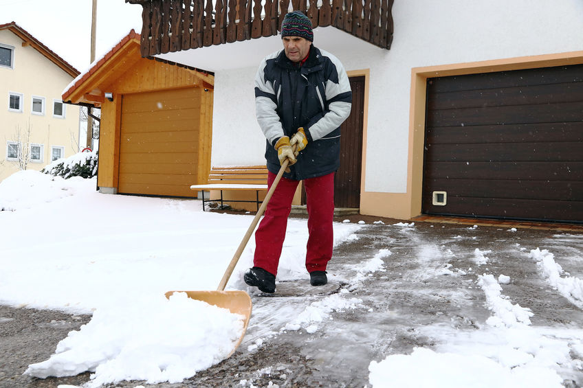 Simple Winter Safety Tips to Help Prevent Outdoor Slips and Falls